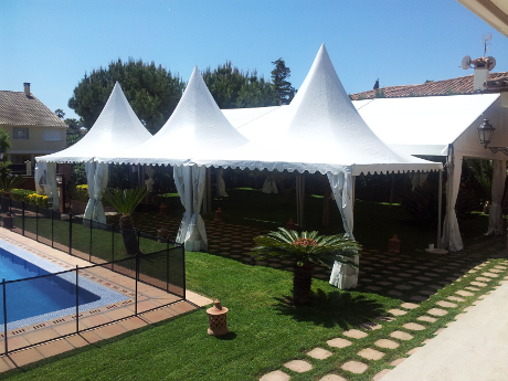 Carpa para comuni n en jard n for Carpas jardin carrefour